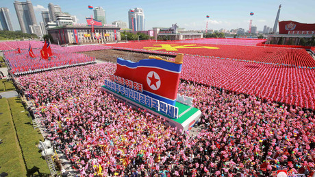 RT France en immersion au défilé militaire nord-coréen à Pyongyang (EXCLUSIF)