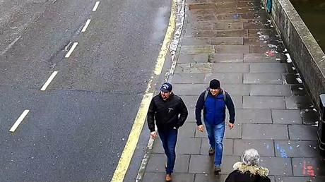 Alexander Petrov et Ruslan Boshirov sur des images diffusées par la police de Londres