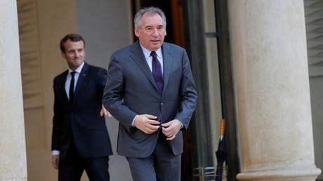 Perchoir : le MoDem de Bayrou se rebiffe et nomme un candidat concurrent à Ferrand