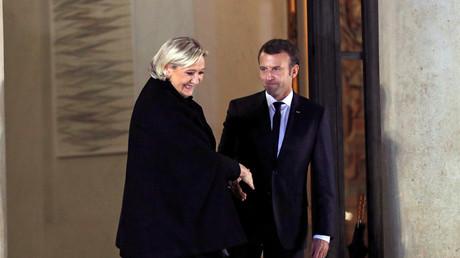 Le président de la République Emmanuel Macron et la présidente du Rassemblement national Marine Le Pen, en novembre 2017 (image d'illustration).