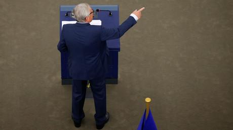 Bruxelles agite le spectre du terrorisme et somme les géants du web de contrer certains contenus