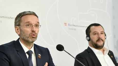 Le ministre autrichien Herbert Kickl au côté de Matteo Salvini le 14 septembre 2018