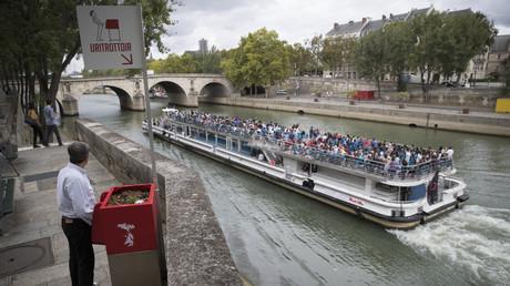 «Pas pipi dans Paris» : un clip financé par la mairie de la capitale récolte colère et moqueries