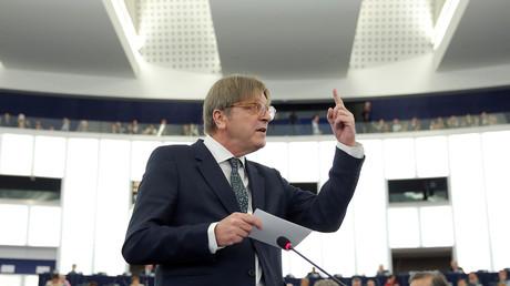 Verhofstadt en croisade contre la Hongrie