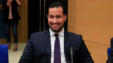 Alexandre Benalla affichait un visage détendu au cours de son audition devant le Sénat.