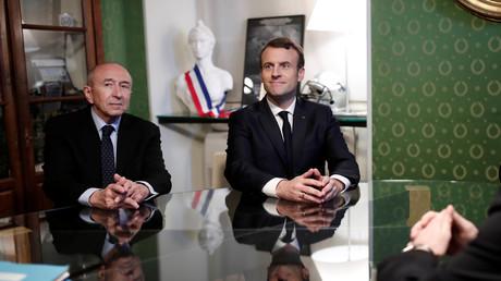 Gérard Collomb et Emmanuel Macron à la mairie d'Ajaccio en Corse, février 2018 (image d'illustration).