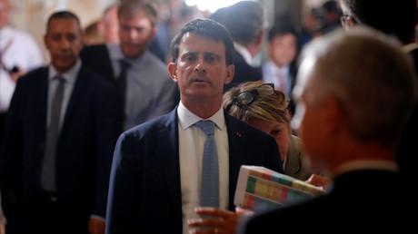 Manuel Valls veut sortir du tunnel et retrouver la lumière politique.