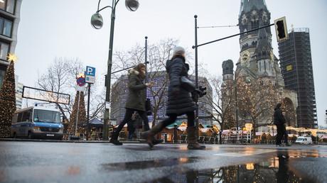 Allemagne : un ex-agent du renseignement était-il trop proche de l'auteur de l'attentat de Berlin ?