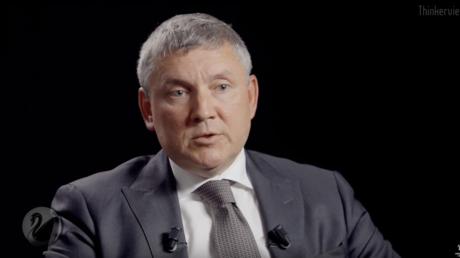«La Russie une menace pour la France» ? Le numéro deux de l'ambassade de Russie s'étonne (VIDEO)