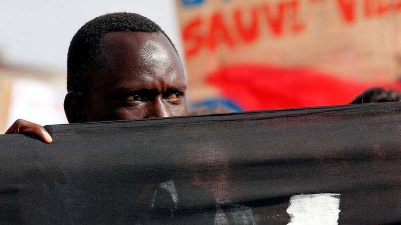 Le macroniste Aurélien Taché souhaite un crédit d'impôt pour les Français qui hébergent des réfugiés