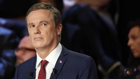 Nicolas Dupont-Aignan président de Debout La France assiste à un débat télévisé lors de la campagne pour l'élection présidentielle française 2017, à La Plaine Saint-Denis, près de Paris, le 4 avril 2017 (illustration).
