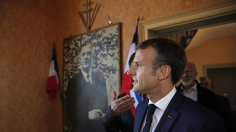 Emmanuel Macron en visite à Colombey-les-Deux-Eglises;