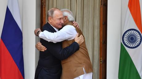 Vladimir Poutine et Narendra Modi.