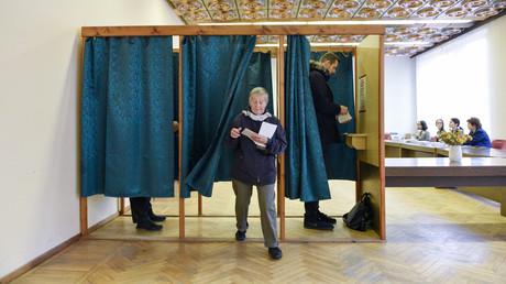 En Lettonie, la coalition sortante subit une déroute