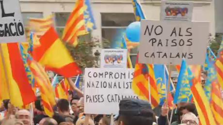 Affrontements entre police et pompiers en Espagne