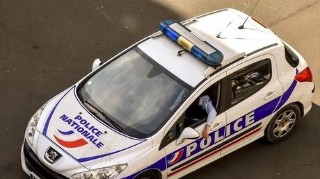 Saint-Denis : le conducteur d'une camionnette neutralisé après avoir foncé sur des piétons (IMAGES)