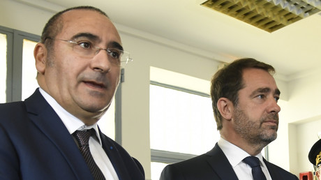 Laurent Nunez et Christophe Castaner en déplacement dans un commissariat de police aux Lilas, le 16 octobre 2018.