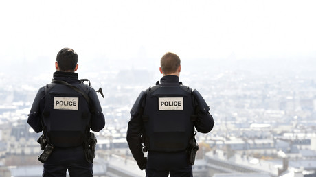 Policiers en faction (image d'illustration).