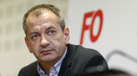 Eclaboussé par un scandale, le secrétaire général de FO démissionne