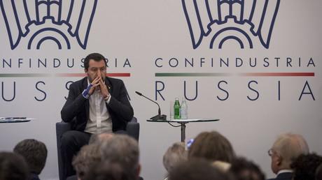 Matteo Salvini à Moscou le 17 octobre 2018 devant des décideurs économiques italiens et russes.