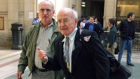 Robert Faurisson lors d'un de ses passages au tribunal dans les années 2000 (image d'illustration).