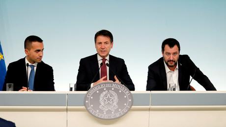 De gauche à droite : Luigi Di Maio, Giuseppe Conte et Matteo Salvini à Rome le 20 octobre 2018.