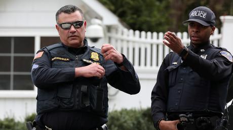 La sécurité a été renforcée devant la maison de Bill et Hillary Clinton à Chappaqua
