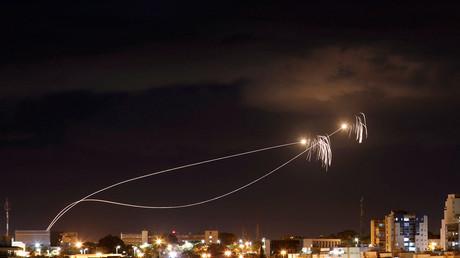 Israël lance des raids aériens suite à des tirs de roquettes depuis Gaza (VIDEOS)
