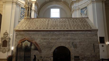 Italie : la chapelle de l'hôpital de Bergame transformée en mosquée ? La Ligue de Salvini dit non