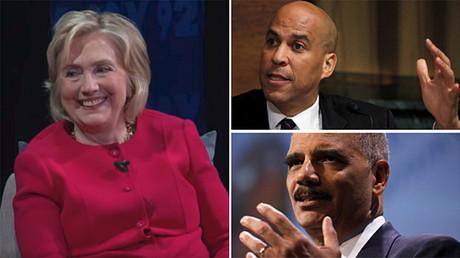 A gauche : Hillary Clinton. En haut à droite : le sénateur démocrate Cory Booker. En bas à droite : l'ancien procureur général des Etats-Unis nommé par Barack Hussein Obama, Eric Holder.