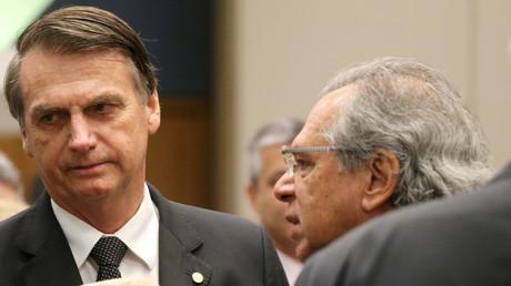 L'enthousiasme de la Bourse brésilienne pour Bolsonaro retombe en attendant le programme