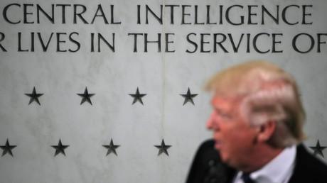 Donald Trump lors d'une visite au siège de la CIA à Langley en Virginie, le 21 janvier 2017.