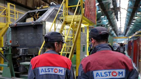 Des employés d'une usine d'Alstom à Belfort en octobre 2017 (image d'illustration).