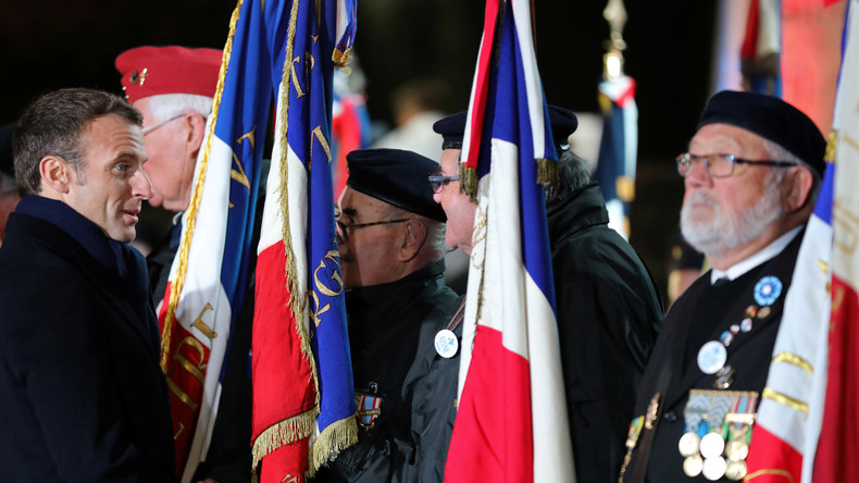 Commémoration aux Invalides : «Une histoire française comme on aime les faire, compliquée et tordue»