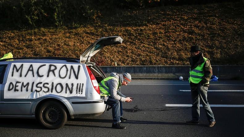Vers un mouvement long ? Des «gilets jaunes» poursuivent les blocages ce 18 novembre