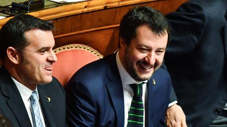 Relance de la natalité : l'Italie promet un terrain aux parents qui auront un troisième enfant