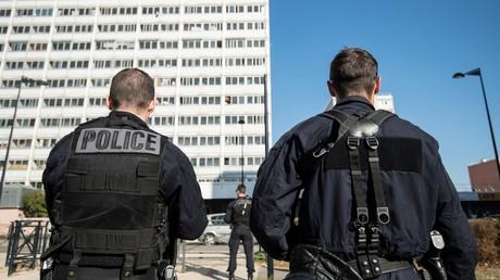 Policiers en banlieue de Paris (image d'illustration).