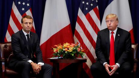 Emmanuel Macron et Donald Trump lors d'une rencontre en marge de la 73eme Assemblée générale des Nations Unies, le 24 septembre 2018 (image d'illustration).