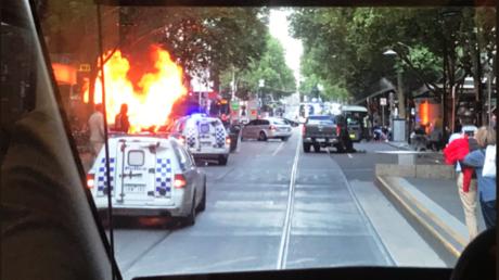 Australie : un mort et deux blessés à Melbourne après une attaque au couteau (VIDEO CHOC)