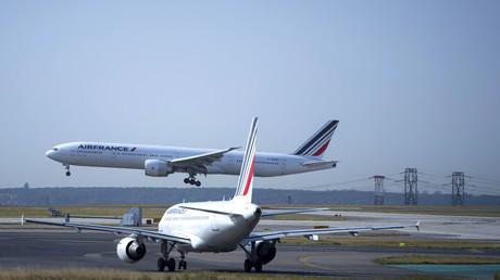 Avions d'Air France à l'aéroport de Roissy Charles de Gaulle.