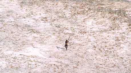 Un touriste américain abattu par des flèches à son arrivée sur une île isolée de l'océan indien