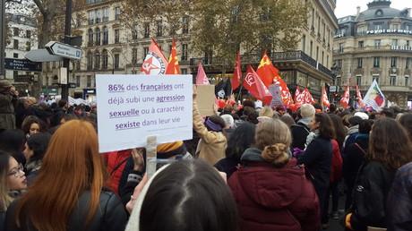 Manifestation contre les violences sexistes et sexuelles, à l'initiative du mouvement #NousToutes, le 24 novembre 2018, à Paris.