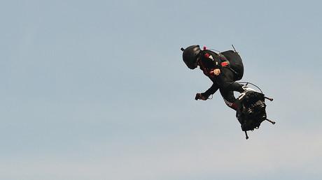 L'armée française bientôt dotée d'hoverboards volants ? Les essais sont déjà en cours (VIDEO)