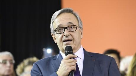 Francis Chouat élu dans l'Essonne : Valls salue la défaite «de la haine de Mélenchon»