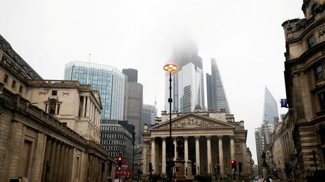 Les sept principales banques anglaises prêtes au pire en cas de Brexit dur
