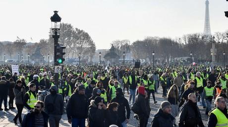 Les Gilets jaunes à Paris le 17 novembre 2018.