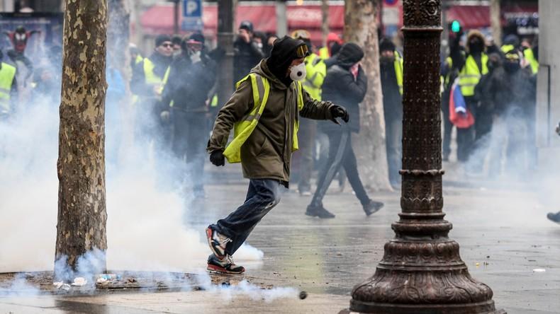 Quand la BBC veut à tout prix trouver des Gilets jaunes d'«ultra-droite» liés à «Moscou»