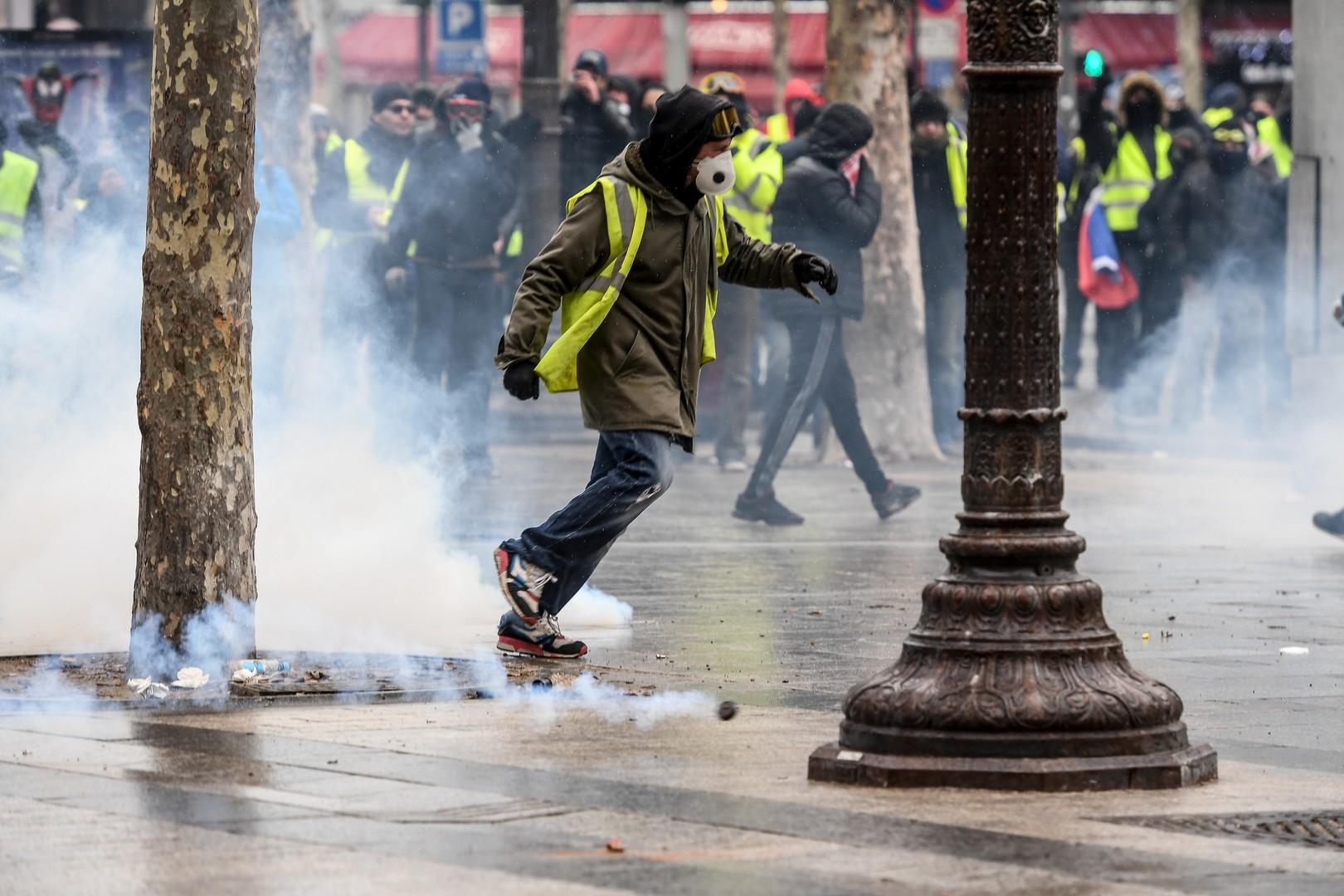 Quand la BBC veut à tout prix trouver des Gilets jaunes d'«ultra-droite» liés à «Moscou