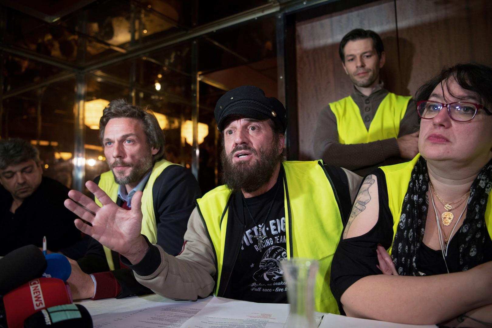 Européennes : lancement d'un «rassemblement Gilet jaune citoyen» avec Francis Lalanne