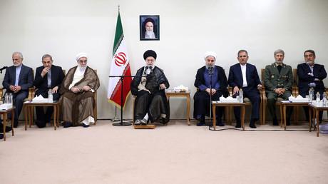 Le guide suprême de la Révolution islamique Ali Khamenei et le gouvernement iranien, en août 2018 (image d'illustration).